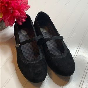 Aetrex Black Suede Mary Jane Loafer 8.5